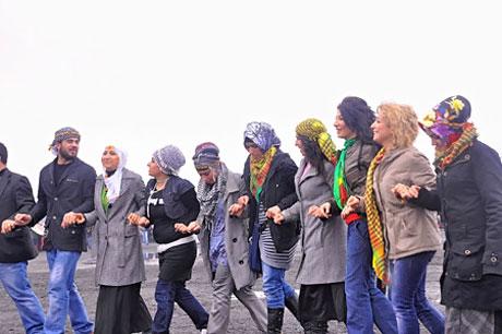 Tarihi 2011 Newroz'undan manzaralar galerisi resim 45