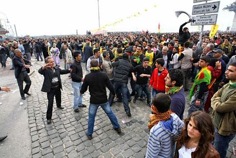 Tarihi 2011 Newroz'undan manzaralar galerisi resim 59