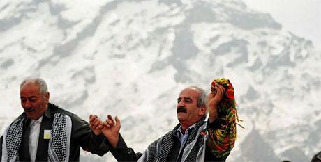 Tarihi 2011 Newroz'undan manzaralar galerisi resim 72