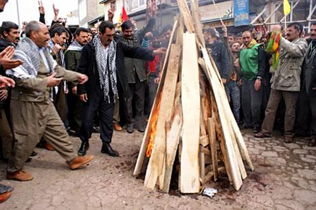 Tarihi 2011 Newroz'undan manzaralar galerisi resim 79