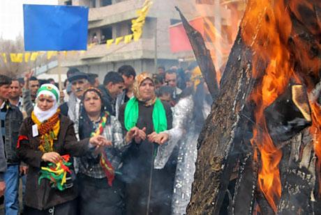 Tarihi 2011 Newroz'undan manzaralar galerisi resim 82