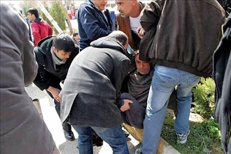 'Sivil itaatsizlik' eylemi ve Polis müdahalesi galerisi resim 27