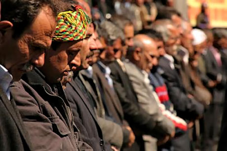 Diyarbakır'da 'sivil' Cuma namazı! galerisi resim 8