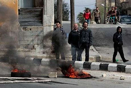Suriye'de isyan ateşi alevlendi! galerisi resim 12