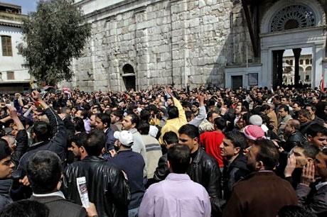 Suriye'de isyan ateşi alevlendi! galerisi resim 19