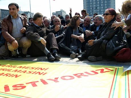 Sivil İtaatsizlik Taksim Meydanı'nda galerisi resim 1