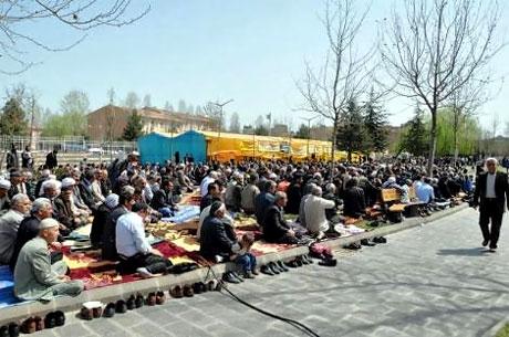 Diyarbakır 'sivil cuma' sonrası karıştı! galerisi resim 13