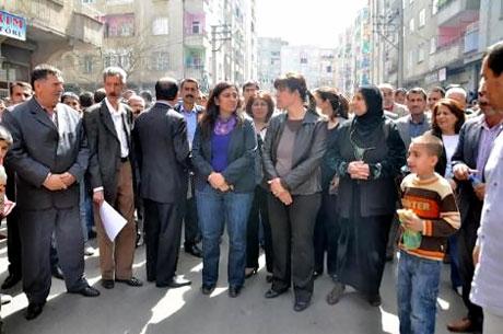 Diyarbakır 'sivil cuma' sonrası karıştı! galerisi resim 21