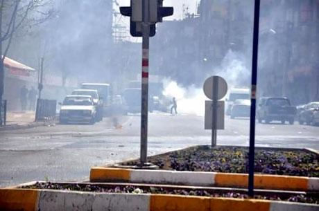 Diyarbakır 'sivil cuma' sonrası karıştı! galerisi resim 23