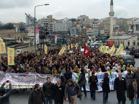 YSK vetosu'na her yerde protesto var! galerisi resim 24