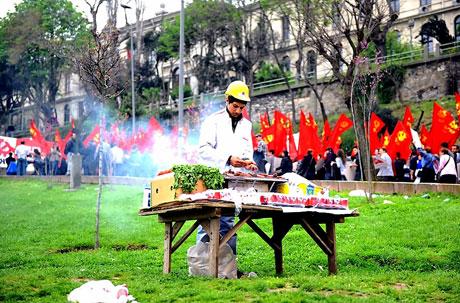 Taksim 1 Mayıs'ta çiçek açtı galerisi resim 42