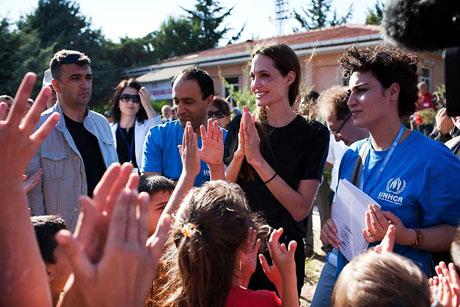 BM Elçisi Angelina Jolie Türkiye'de galerisi resim 10