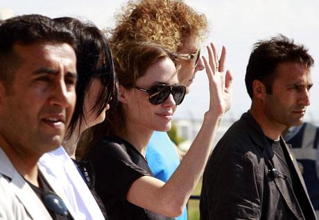 BM Elçisi Angelina Jolie Türkiye'de galerisi resim 16