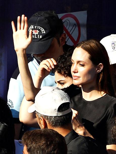 BM Elçisi Angelina Jolie Türkiye'de galerisi resim 26