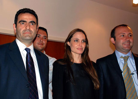 BM Elçisi Angelina Jolie Türkiye'de galerisi resim 4