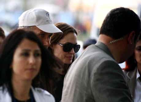 BM Elçisi Angelina Jolie Türkiye'de galerisi resim 5