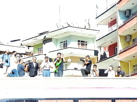 YSK'ya Diyarbakır ve Taksim'de protesto galerisi resim 10