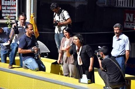 YSK'ya Diyarbakır ve Taksim'de protesto galerisi resim 21