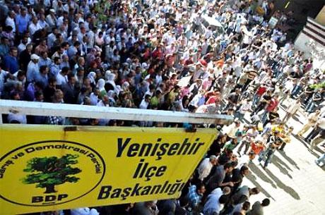 YSK'ya Diyarbakır ve Taksim'de protesto galerisi resim 27