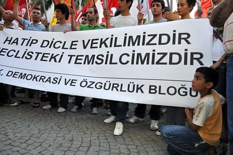 YSK'ya Diyarbakır ve Taksim'de protesto galerisi resim 37