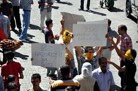 YSK'ya Diyarbakır ve Taksim'de protesto galerisi resim 4