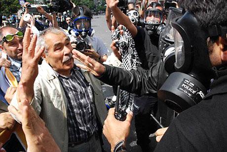 Şişli karıştı, Polisten vekillere biber gazı! galerisi resim 11