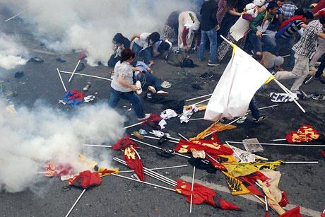 Şişli karıştı, Polisten vekillere biber gazı! galerisi resim 28