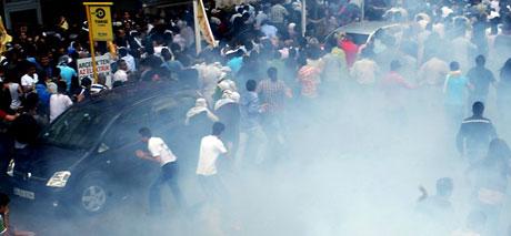 Şişli karıştı, Polisten vekillere biber gazı! galerisi resim 32