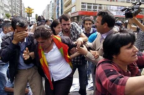 Şişli karıştı, Polisten vekillere biber gazı! galerisi resim 34
