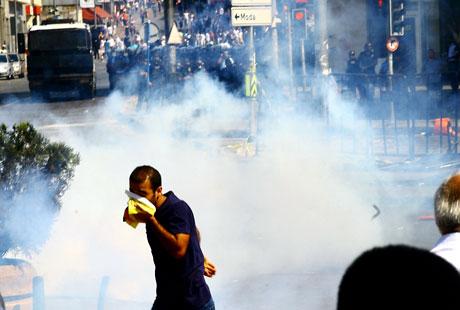 Barış gününe Polisten gazlı müdahale! galerisi resim 18