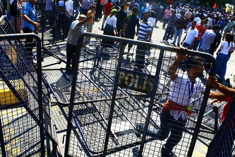Barış gününe Polisten gazlı müdahale! galerisi resim 3