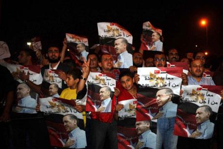 Erdoğan'ı binlerce kişi karşıladı galerisi resim 13