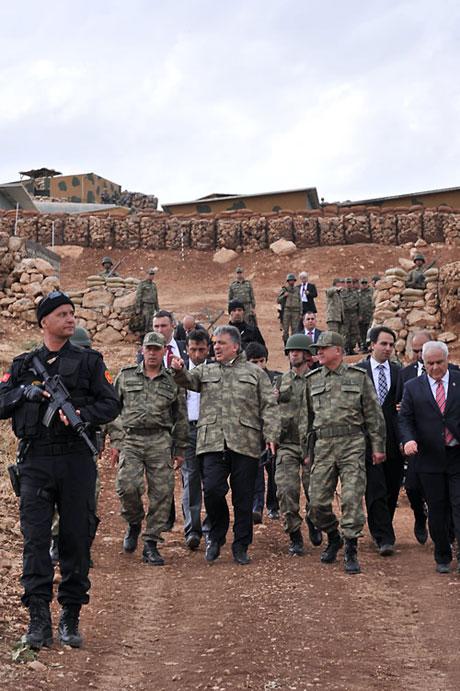 Cumhurbaşkanı Gül kamuflaj giydi galerisi resim 40