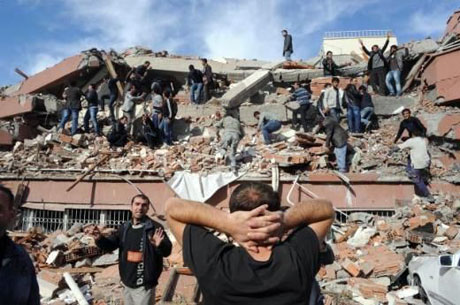 Van'da şiddetli deprem galerisi resim 14