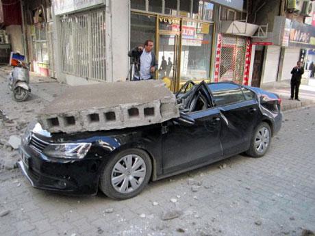Van'da şiddetli deprem galerisi resim 25