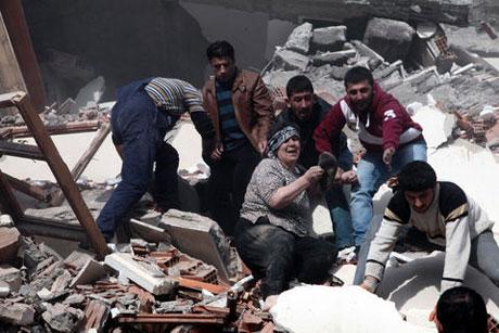 Van'da şiddetli deprem galerisi resim 33