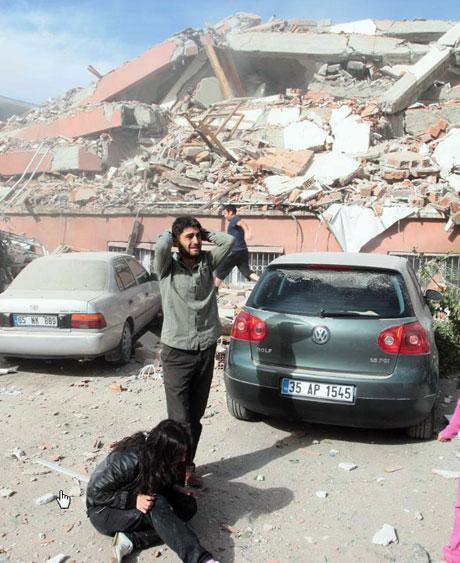 Van'da şiddetli deprem galerisi resim 67