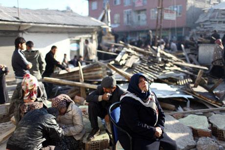Van'da şiddetli deprem galerisi resim 86