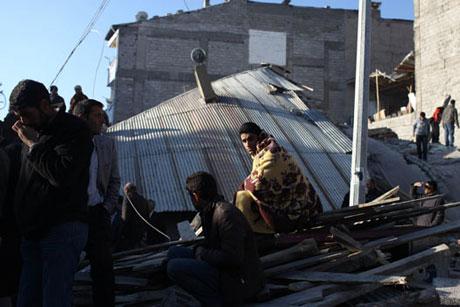 Van'da şiddetli deprem galerisi resim 99
