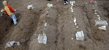 Erciş Mezarlığı'nda bayram! galerisi resim 10
