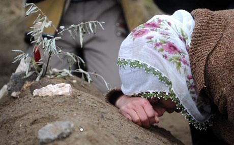 Erciş Mezarlığı'nda bayram! galerisi resim 14