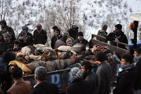 Savaş uçakları köylüleri vurdu galerisi resim 15