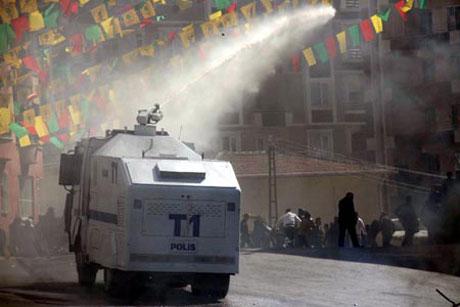 Newroz coşkusu yasak dinlemedi! galerisi resim 38