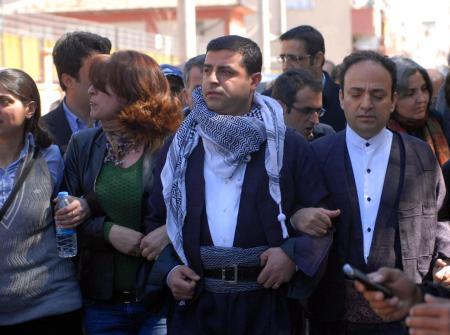 Newroz coşkusu yasak dinlemedi! galerisi resim 67