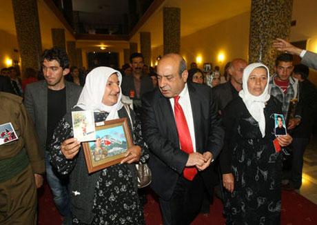 BDP Grubu'nda gözyaşları sel oldu galerisi resim 10