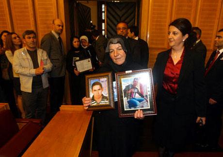 BDP Grubu'nda gözyaşları sel oldu galerisi resim 20