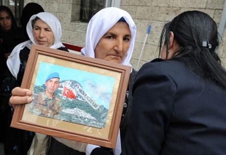 BDP Grubu'nda gözyaşları sel oldu galerisi resim 30