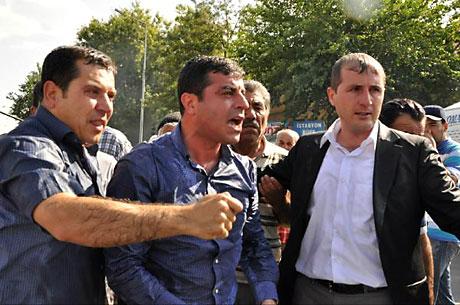 Diyarbakır savaş alanına döndü galerisi resim 108