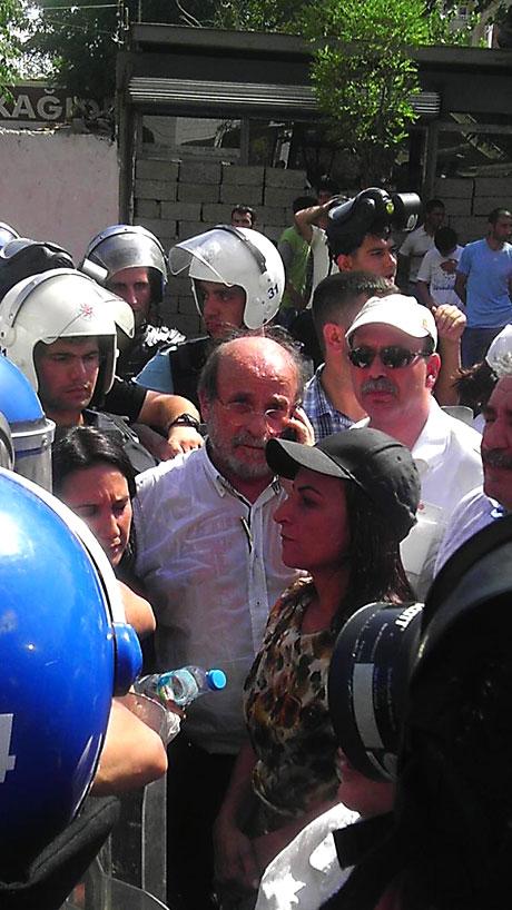 Diyarbakır savaş alanına döndü galerisi resim 32