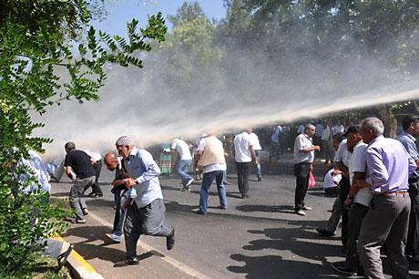 Diyarbakır savaş alanına döndü galerisi resim 73